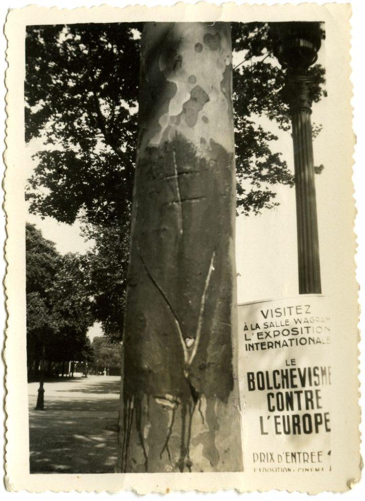 Paris, printemps 1942. Coll. MRN/fonds Leduc.
