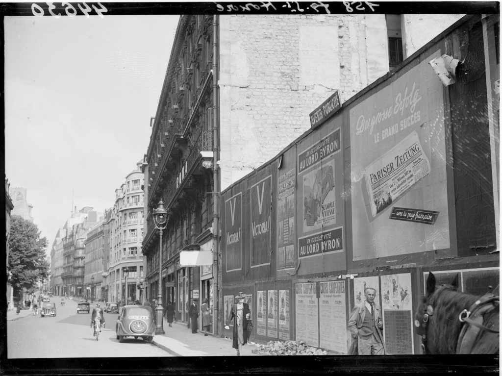 Paris, juillet 1941. Le Matin. Coll. MRN