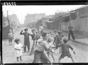 Enfants de la zone, 1939. Coll. MRN –  fonds dit du Matin.