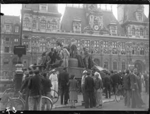 Libération de Paris, août 1944. Coll. MRN –  fonds dit du Matin.
